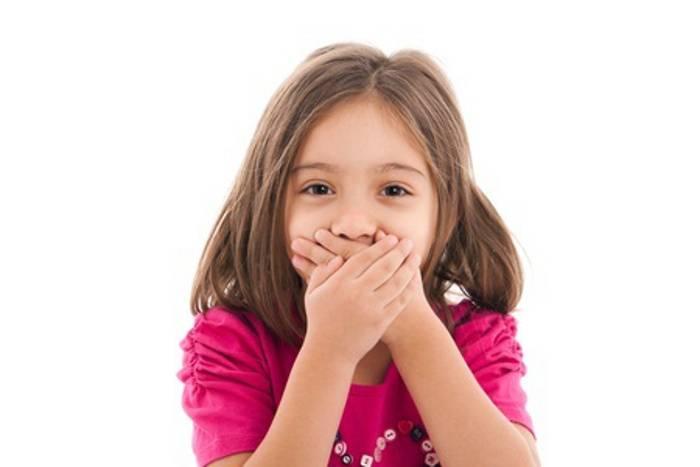 علت بوی بد دهان کودک